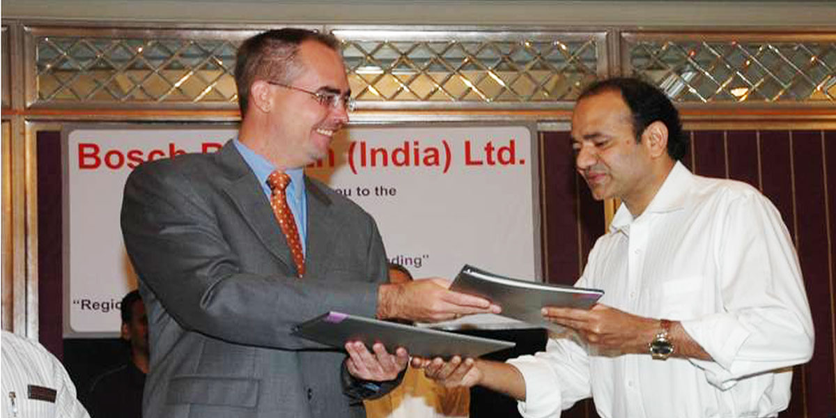 Mr. Rajesh Chouta exchanging MOU with Bosch Officials